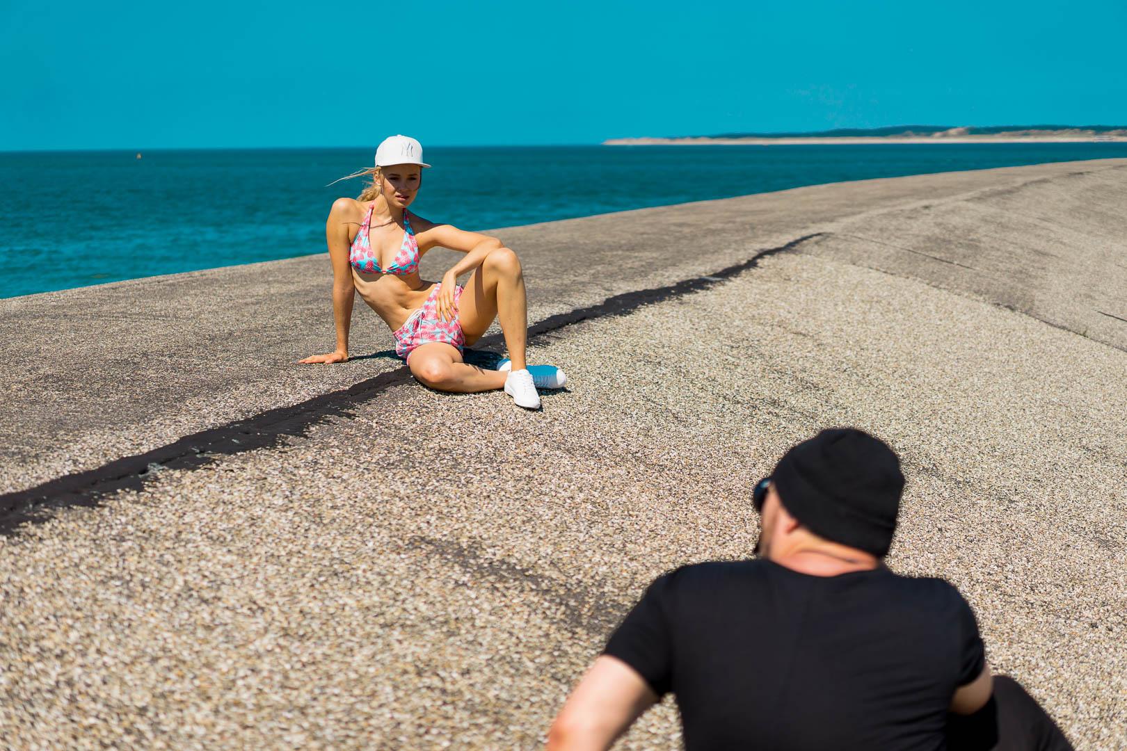 photographer-shooting-editorial-modeling-agency-bikini-sporty-zara-netherlands